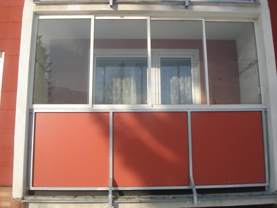 Zasklení balkonu cena plzen